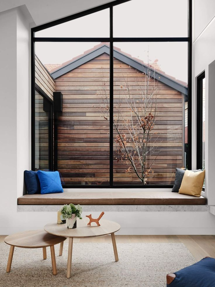 As elegant as it sounds, The Rose House by Watts Studio is a refined Australian blend of chic style and functionality, with a modern family in mind.