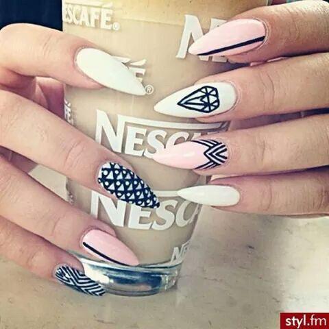 Image via We Heart It https://weheartit.com/entry/144796915/via/10810506 #artistic #fashion #nailart #nescafe #stilettonails #milk&coffee