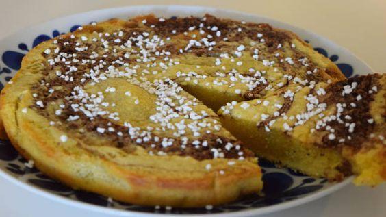 Baka en kladdkaka med smak av kanelbullar. En perfekt kombo för alla som älskar bullar och kladdkaka. Enkelt recept.