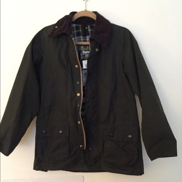Barbour Bedale Women's Jacket Pristine condition- these jackets last a lifetime (women's petite size small) olive color and wax coated so waterproof Barbour Jackets & Coats