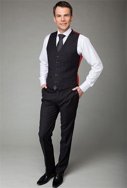Мужские жилетки по класические брюки
