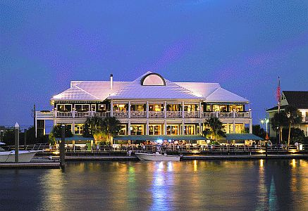 On the coast of Wrightsville Beach, you will find Bluewater Waterfront Grill. An awesome local spot that you can drive to or park your boat out on the dock! #TheSothebysRealtyWay