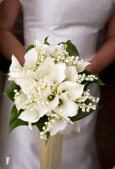 Callas and lily of the valley bouquet. Found on Botanical brouhaha #bouquet #callalilies