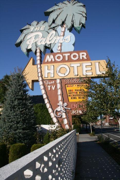 The Palms Motor Hotel (motel) in Portland Oregon Vintage Neon Sign