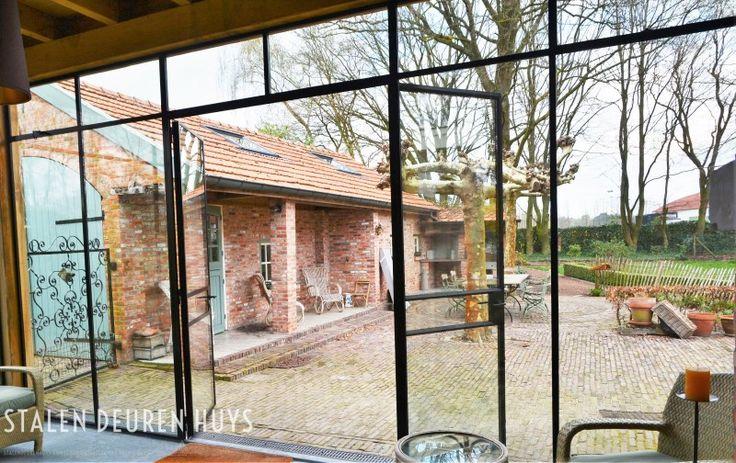Stalen buiten pui HR glas, Project Dessel Heide