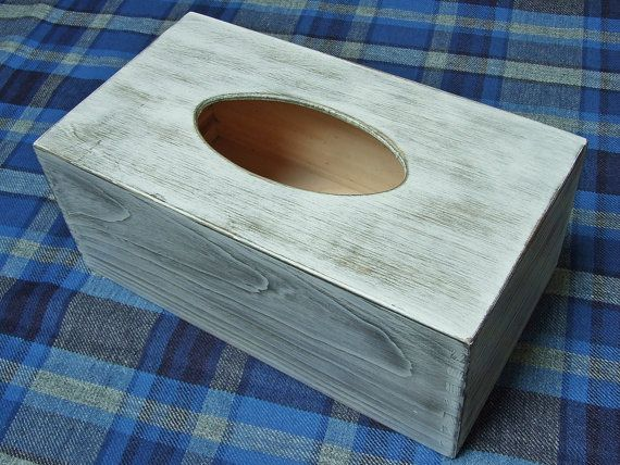 Beautiful wooden container for tissues , measuring approx. 13.5 x 24.5 x 10 cm.  The container is hand painted, antiqued and protected by multiple