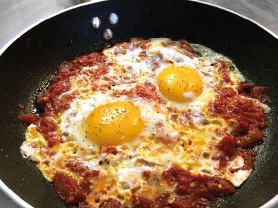 Uova col pomodoro - Piattoforte