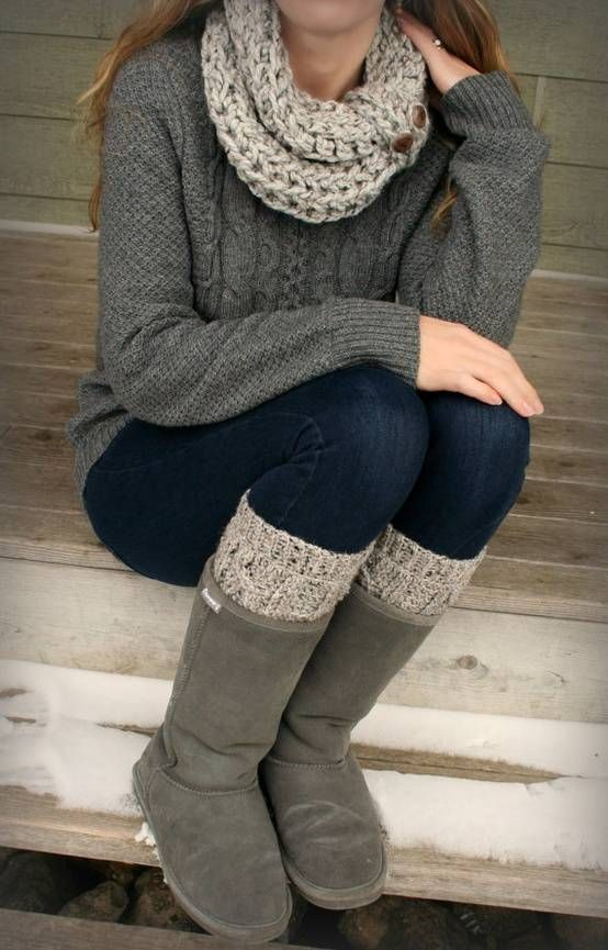 sweaters and scarfs like these are exactly what I could use for all of fall and winter.