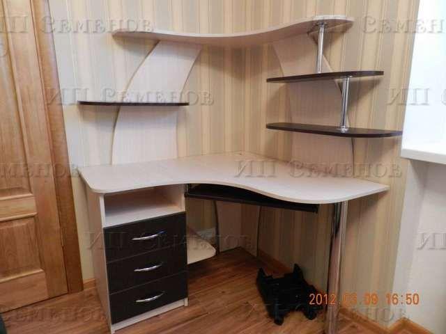 угловые компьютерные столы с полками и ящиками фото: 53 тис. зображень знайдено в Яндекс.Зображеннях