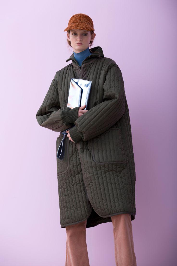 Christian Wijnants Pre-Fall 2016 Collection Photos - Vogue