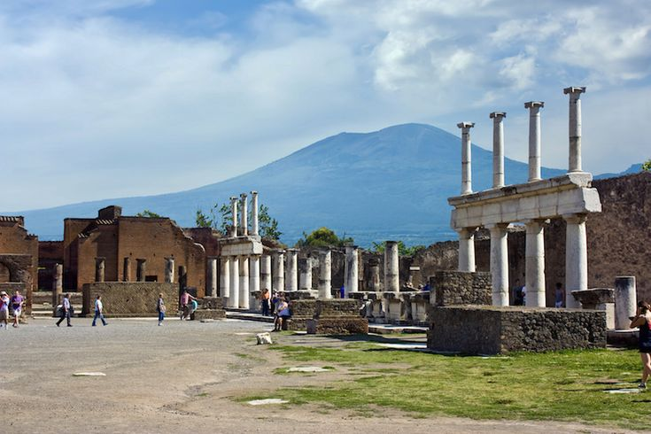 10 Most Fascinating Pompeii Ruins – Touropia Travel Experts