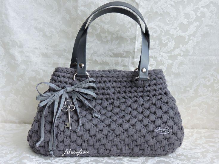 Kit per borse alluncinetto kit fondo alto con manici per for Borse a uncinetto con fettuccia schemi