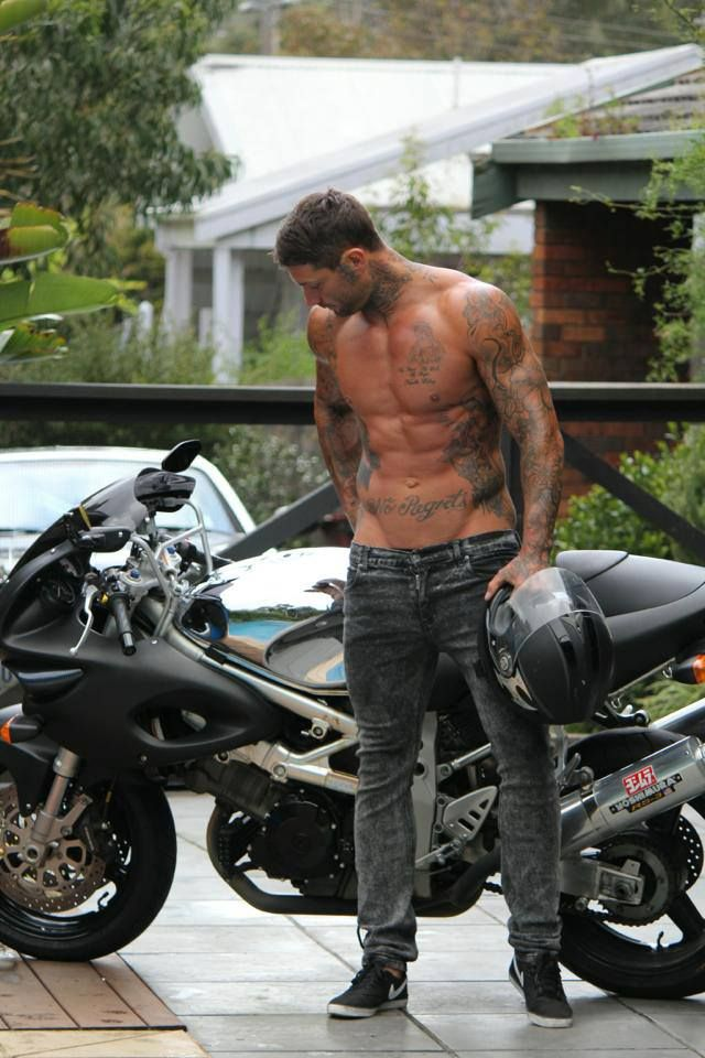 OH HOT DAMN ABS TATTOOS AND MOTORBIKES