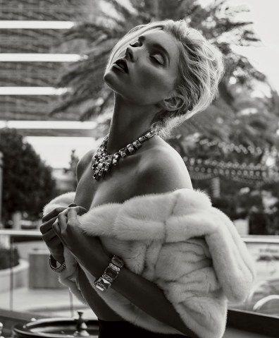 Elsa-Hosk-Maxim-Magazine-February-2016-Cover-Photoshoot07