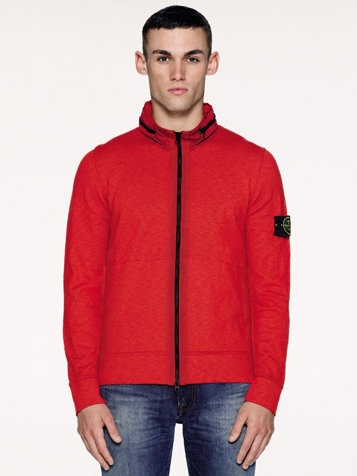 6415 Stone Island_SS'016_ 530B0 Cardigan knit in plain stitching cotton nylon. Garment dyed. Raised collar with concealed hood in Nylon Metal.  stoneisland.com