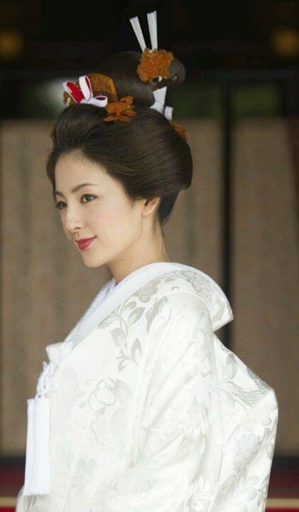 Shinto white wedding kimono. Japan.