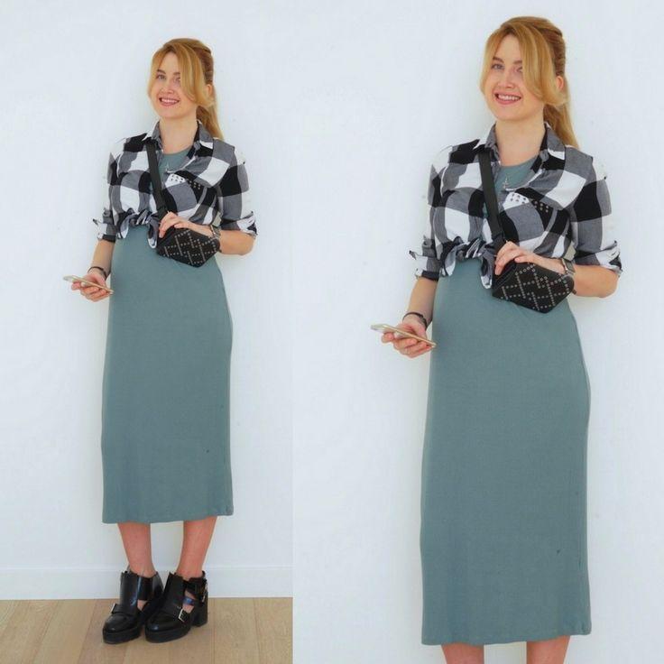 образ с трикотажным платьем и рубашкой