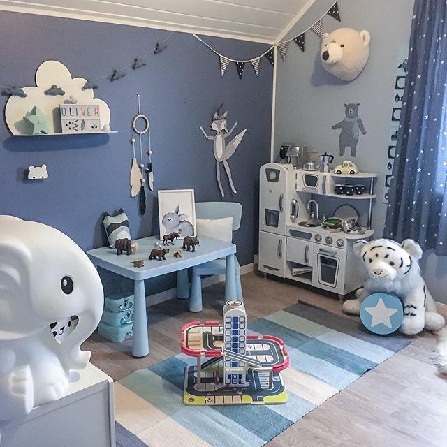Ønsker alle en fin dag - #kidsroom #kidsfashion #kidsinterior #kidsdecor #barnerom #mittbarnerom #hem_inspiration #home #playroom #gutterom #barnrumsinspo #barnrum #kinderzimmer #decorforkids #kidsroomdecor #interiorstyling #inspo #decoration #lekerom #bedroom #childrensroom #kidsplayroom