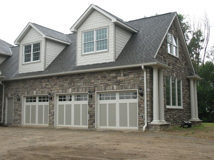Garage Done In Bucks County Limestone From Boral Cultured