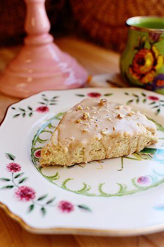 Maple Oat Nut Scones by Ree Drummond / The Pioneer Woman, via Flickr #maple #nut #oats #scones