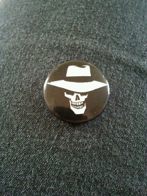 A badge from the Skulduggery Pleasant book series.