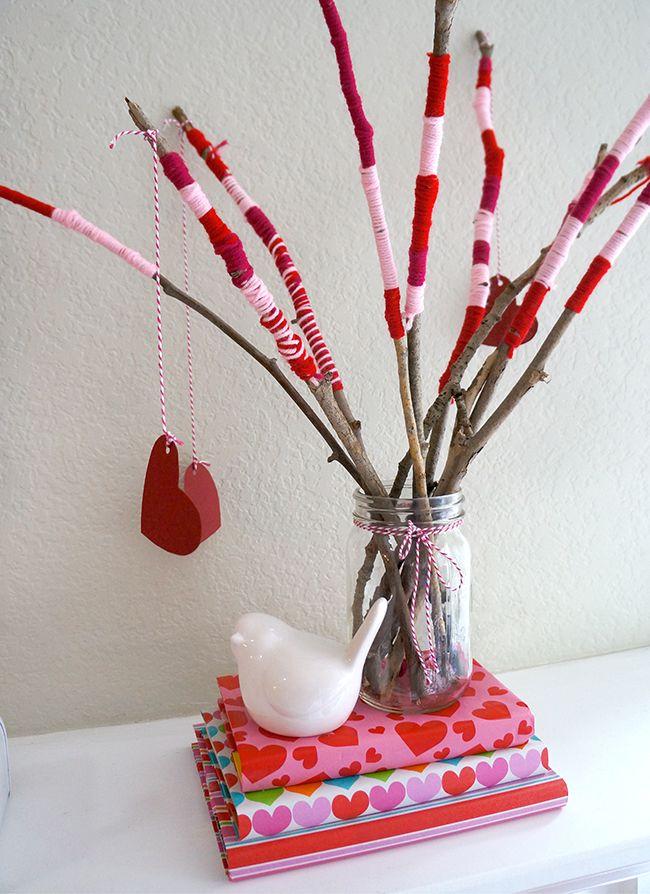 Valentine's Day Centerpiece: Centerpiece, Valentine Crafts, Easy Kids Crafts, Valentine Day Crafts, Diy Valentine'S Day, Valentines Day, Party Ideas