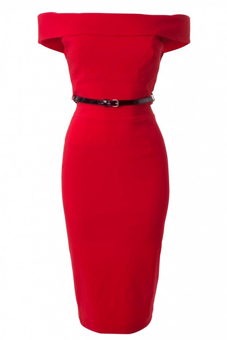 DeBardot Off Shoulder pencil dress in Red van The Pretty Dress Company is een prachtige 50s Brigitte Bardot geïnspireerde pencil jurk in rood.Kittig off shoulder model met een omslagje en uitgevoerd in een geheel dubbel gevoerde super afkledende stevige luxe stretch viscose mix in rood voor een perfecte pasvorm! De top is voorzien van princessennaadjes en geschikt voor zowel een bescheiden als een flinke boezem. Aan de achterzijde een sexy hoge split en blinde rits.&nbs...