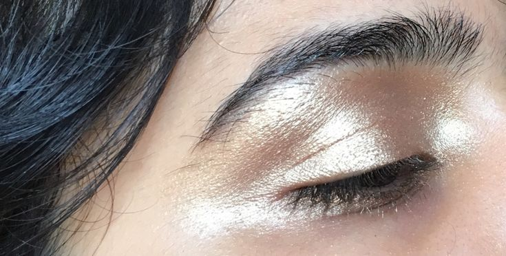 "gaydesi: "" i call this the ""fuckton of gold eyeshadow"" look """
