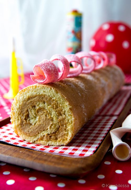 Roasted white chocolate roll (Finnish)