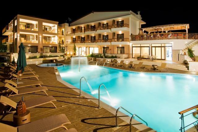 10% отстъпка за ранни записвания в хотел Enodia - лято 2014 в Гърция! Резервирайте своята почивка в Гърция изгодно в хотел Enodia, Лефкада. Настаняване на база нощувка със закуска.
