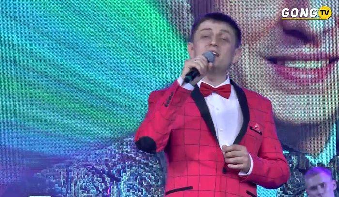 Фидарис и Рузалия Муртазины - Концерт (2 часть) http://tatbash.ru/tatarskie/kontserty/5165-fidaris-i-ruzaliya-murtaziny-kontsert-2-chast