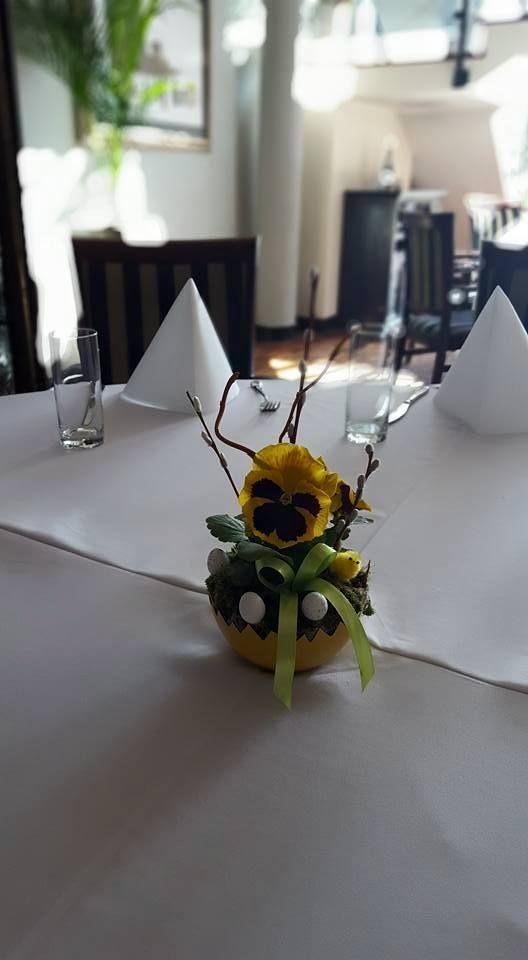 Mili Goście! Jakbyście mieli zadecydować jakie wiosenne kwiaty postawić na stole w #restauracji to które byście wybrali? Maranello Hotel & Restaurants :) http://www.maranello.pl/
