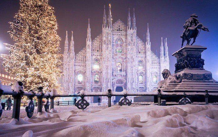 Заснеженный кафедральный собор, Милан, Италия