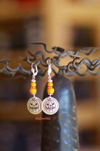 Boucles d'oreilles d'Halloween argentées by Baboockha sur ezebee.com