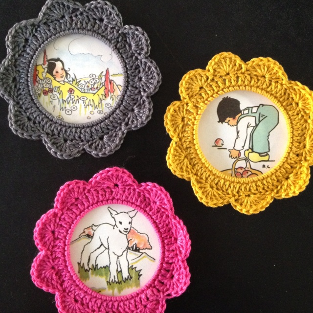 #Crochet flower frames! May be fridgie #Afs 8/5/13