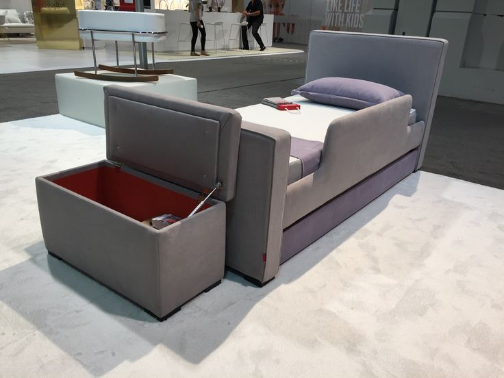 Our NEW Storage Bench and the Dorma Twin Bed shown in the NEW Italian fabric smoke with lavender trundle! #newandnatural #ABCKidsExpo16 #TheEuropeanCollection