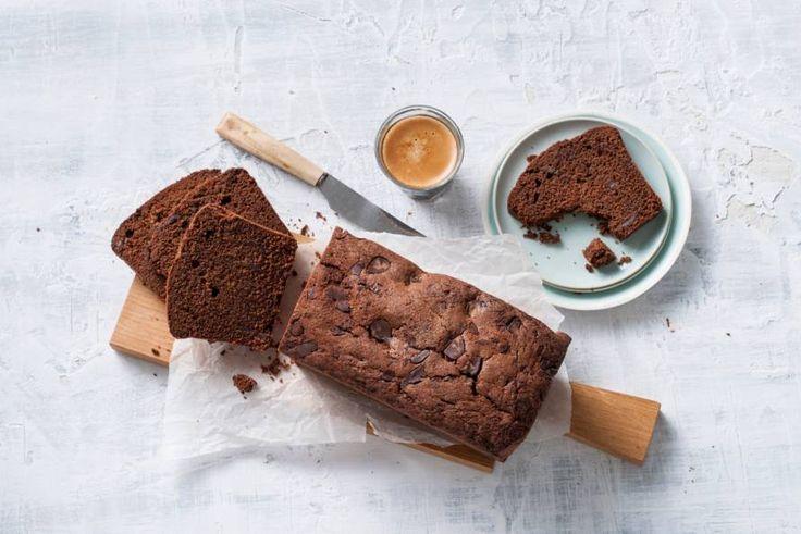 Als je deze chocoladecake 1 keer maakt, zal iedereen er steeds weer om blijven vragen.- Recept - Allerhande