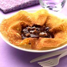Recette de Crêpes à la crème de marrons par Francine. Découvrez notre recette de Crêpes à la crème de marrons, et toutes nos autres recettes de cuisine faciles : pizza, quiche, tarte, crêpes, Crêpes sucrées fourrées, ...