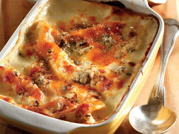 Hoenderlasagne met bloukaas en groenvye. Hierdie anderste lasagne is die moeite werd om te probeer, want dit is net eenvoudig heerlik.