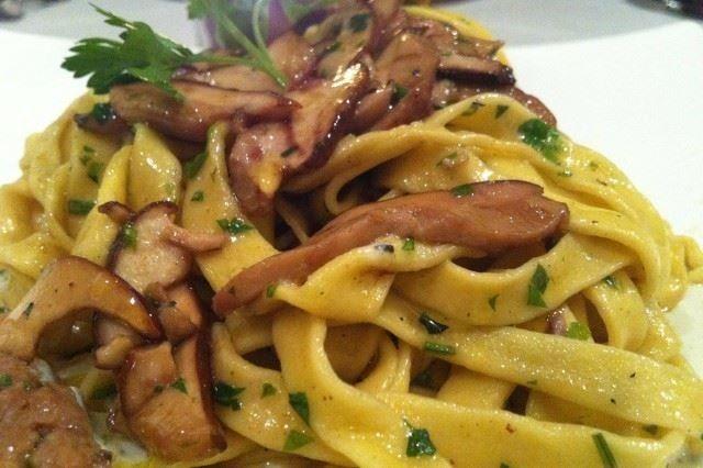 Tagliatelle con funghi porcini con le giuste calorie
