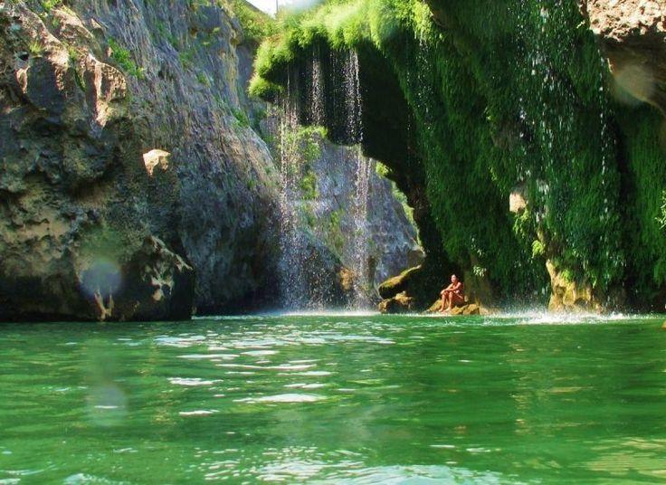 Commune de Ganges, Hérault, Languedoc. Gorges des Demoiselles Pont du diable