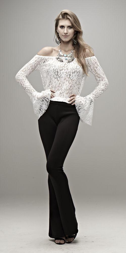 Blusa Manga Longa Renda Branca + Flare Preta