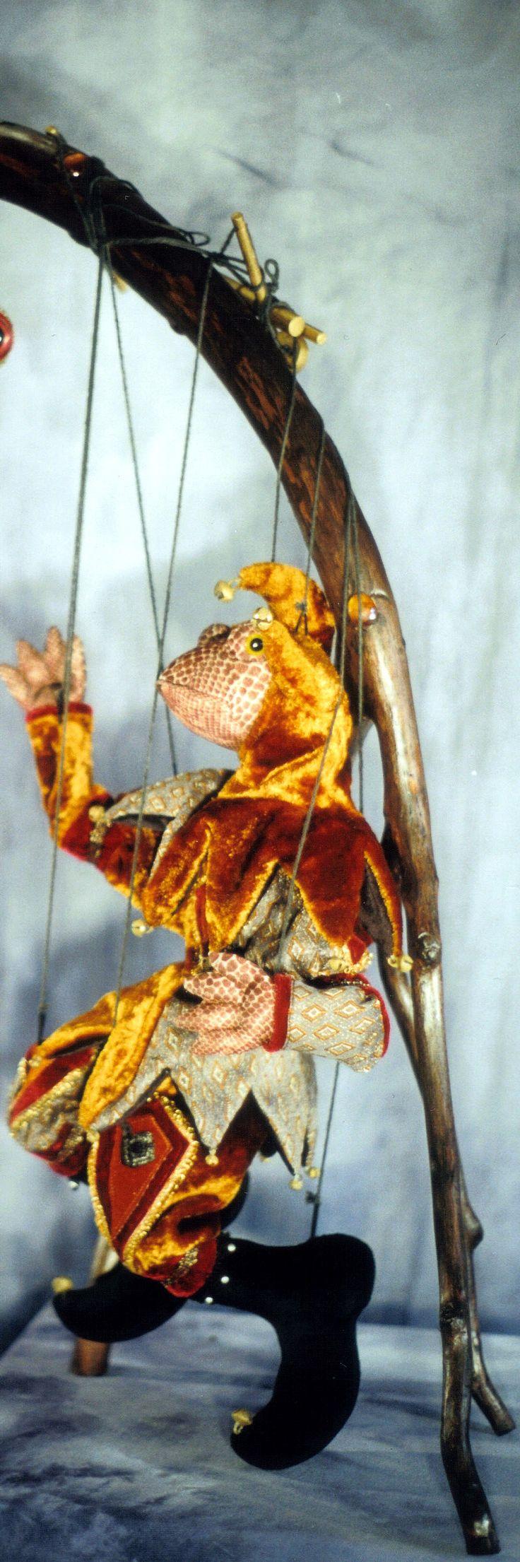 marionnette grenouille a fil 350,00 CA$