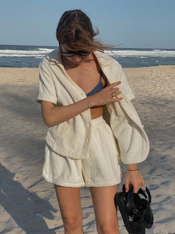 The 2 Piece Outfit Combo That Will See You Through Summer Fashion 2 Piece Outfits Beach Outfit