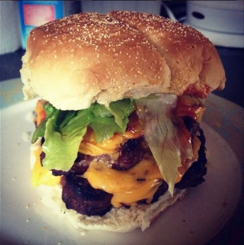 Cheeseburger | Cheeseburgers and other edibles | Pinterest ...