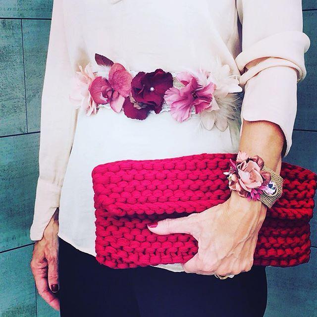 #bolsodetrapillo #bolsoburdeos  #clutch #bolsodemano #tribecahandmade #madewithlove #madrid #london #pulseras #hechoamano #hechoconamor #arte #artesania #bolsodefiesta #florespreservadas #flores #estilo #bohochic #accesoriosdemoda #accesoriosparamujer #instagood #instagram #instapic #madeinspain #cinturondeflores #flowerbelt