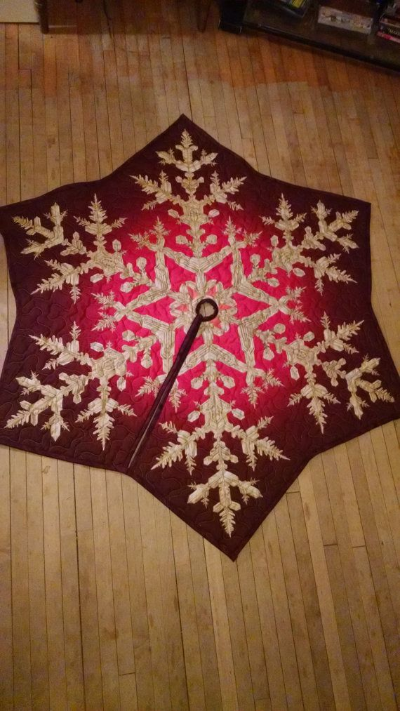 Red Snowflake Tree Skirt