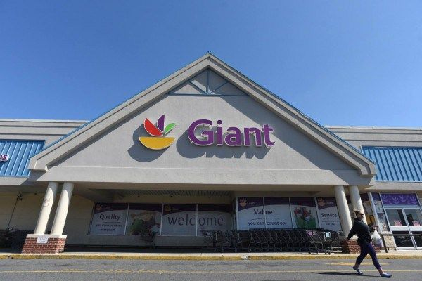 Salisbury's Giant Food store will become Albertson's. Late Wednesday, Ahold and Delhaize Group today announced that their United States subsidiaries have reached agreements with buyers to sell 86 stores in a limited number of locations in which the companies' U.S. subsidiaries both operate. The companies in the midst of a merger. Ahold owns the the …