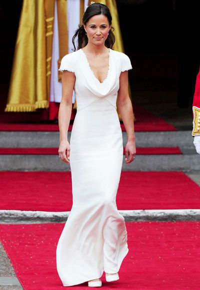Pippa Middleton wore natural makeup and a ivory dress for her bridesmaid duties. #mydreamwedding