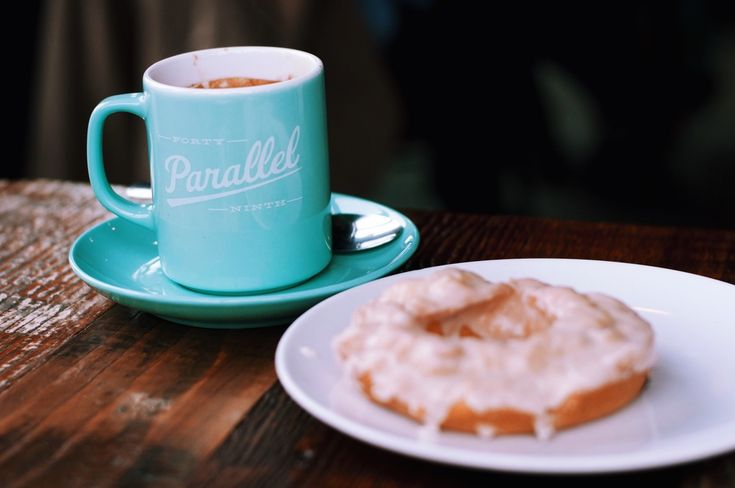 Forty-Ninth Parallel in Mount Pleasant, Vancouver - thelocalvisitor.com #vancouver #photography #travel #canada #britishcolumbia #coffee #mountpleasant #kitsilano #local